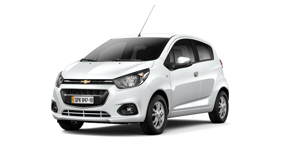 Chevrolet Spark GT - Color Blanco de tu Hatchback
