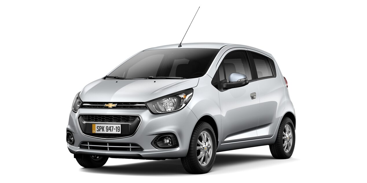 Chevrolet Spark GT - Color Plata de tu Hatchback