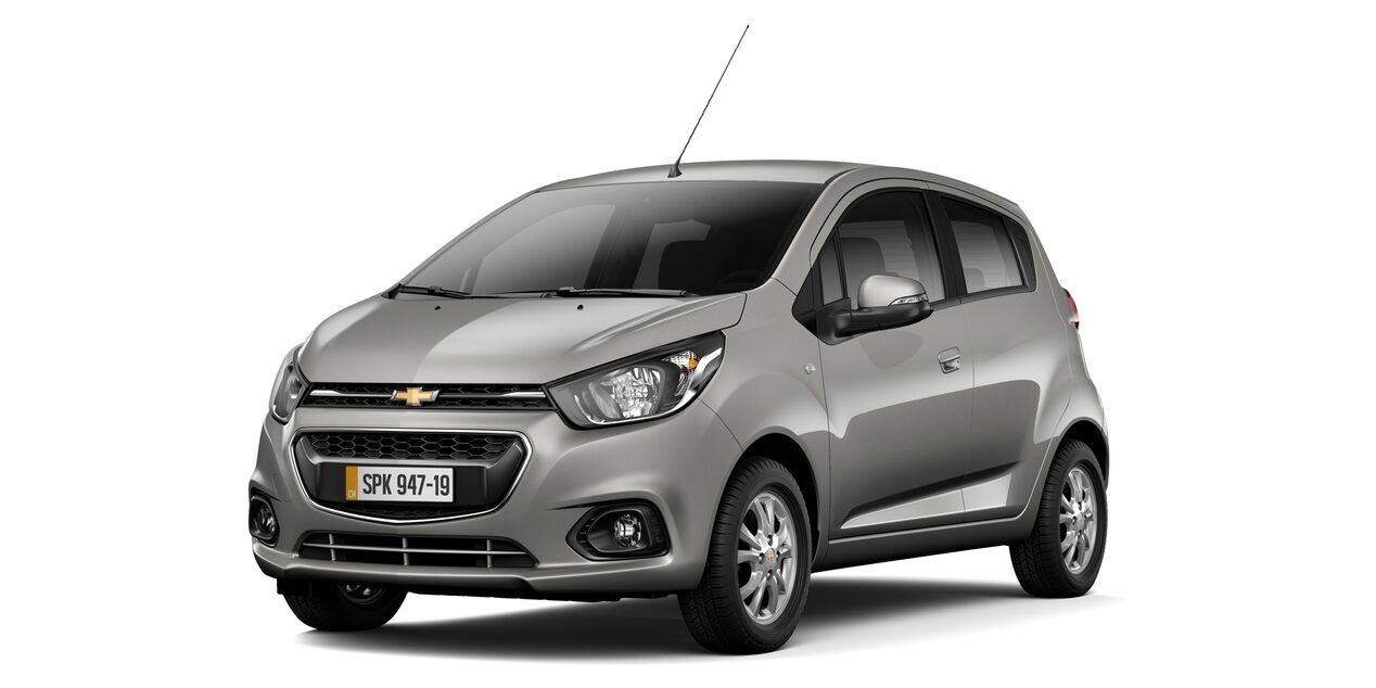 Chevrolet Spark GT - Color Plomo de tu Hatchback